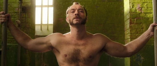 jude law, shirtless, movie, photo, dom hemingway