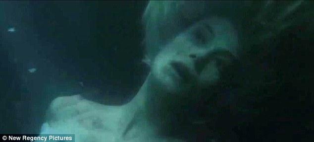 Gone Girl, movie, photo, David Fincher, Gillian Flynn, Ben Affleck, Rosamund Pike