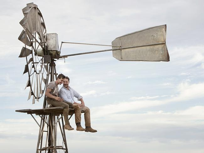 photo, Russell Crowe, The Water Diviner, movie, trailer, Ryan Corr